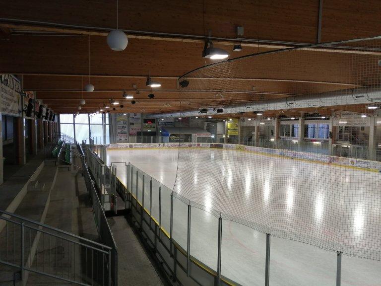 Grossansicht in neuem Fenster: Eisstadion - Innenansicht I 2020