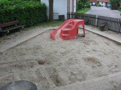 Grossansicht in neuem Fenster: Kinderspielplatz Feldkirchner Au