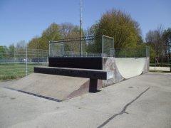 Grossansicht in neuem Fenster: Skateboardbahn Bonau - Bild 4